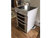 Freestanding cooker with ceramic hob, double oven - Indesit