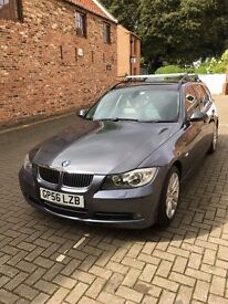 BMW 330d SE automatic touring 2007 low mileage electric folding tow bar 2 owners FSH