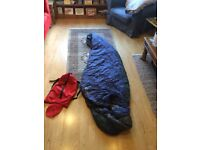 Barely used - Adult synthetic sleeping bag - comfortable to minus 10
