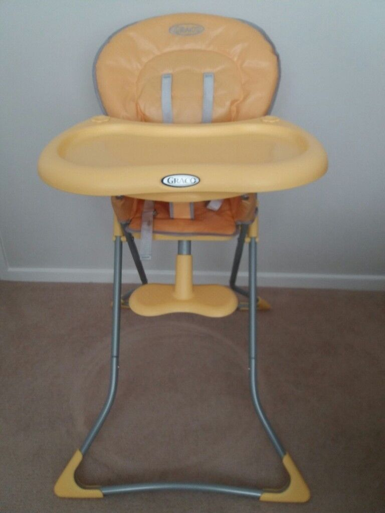 High Chair with tray in very good condition