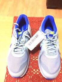 Nike Trainers brand new size 9