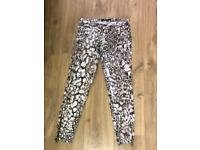 Zara smart 3/4 length pants. Size 10.