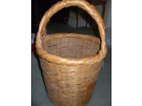 Sturdy whicker basket with handle
