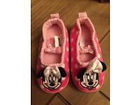 Minnie Mouse slippers size 4