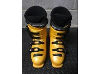 Salomon ski boots UK 7.5/ 8