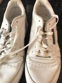 Reebok trainers size 81/2