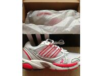Tickled Pink adidas as Trainers Size 3-4