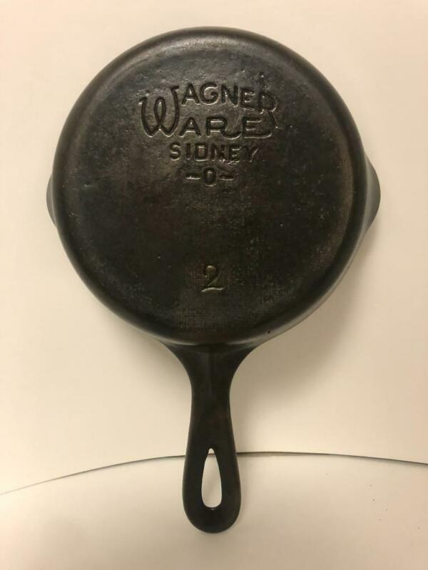 VINTAGE CLEAN LEVEL # 2  WAGNER WARE CAST IRON SKILLET BACKPACK CAMPING HTF RARE