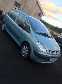 Citreon Picasso 2.0 HDI low miles
