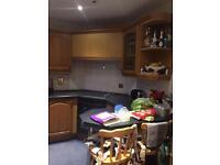 2nd hand oak kitchen