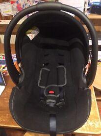 Mamas & Papas infant car seat
