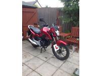 125 Honda CB125 only 120 miles
