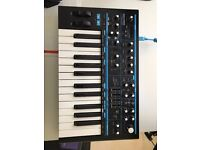 Novation Bass Station 2 - PSU / Manual / Software code / BOX / Mint condition - Foil on LCD