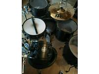 Mapex drum kit w/cymbals and hardware