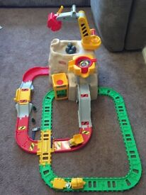 Little Tikes Big Mountain rail & road set (very good condition)