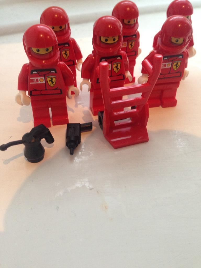 JobLot 6 Lego Figures & Accessories