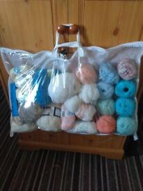 Bag of mixed wool