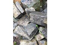 Stone walling natural dry