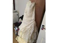 NEW wedding dress size 12 unworn