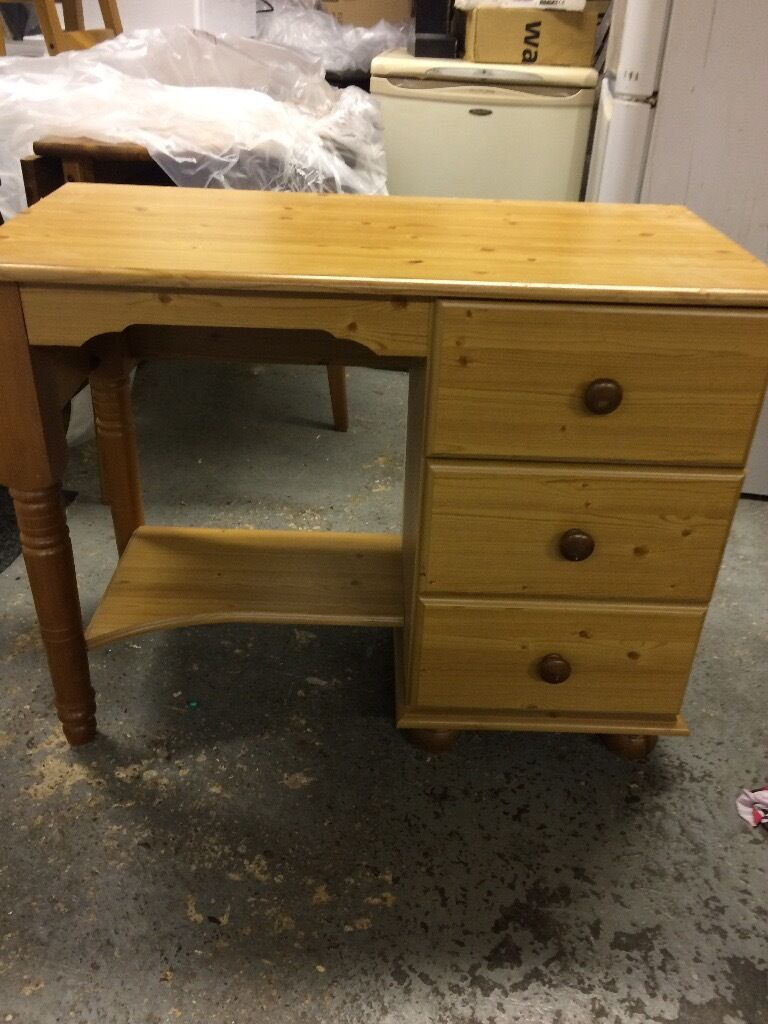 Beech Dressing Table With Draws.