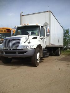 2009 International 4300 4x2, Used Dry Van