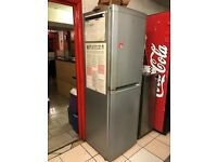 6FT TALL BEKO FRIDGE FREEZER IN GOOD CONDITION AND FULLY WORKING PERFECT FOR HOME RESTAURNAT CAFE