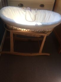 Unisex Moses basket and rocking stand