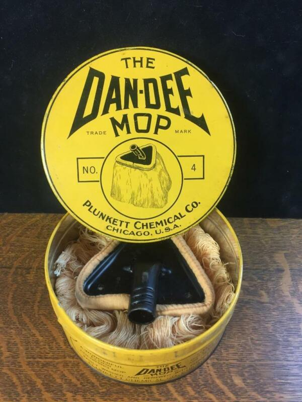 The DAN-DEE MOP Tin Litho Canister Mop Head Plunkett Chemical Co. Chicago RARE