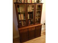 Bookcase / display unit with storage