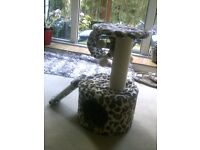 NEW Cat Tower with scratch mat/house/hanging toys etc
