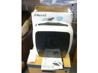 Rexel Style+ 7 Sheet Shredder. Hardly Used