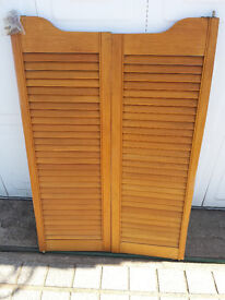 WOODEN SWING LOUVER DOORS