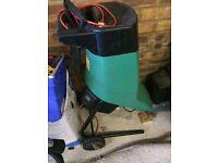 Garden shredder/chipper for sale