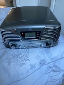 Record player cd and radio