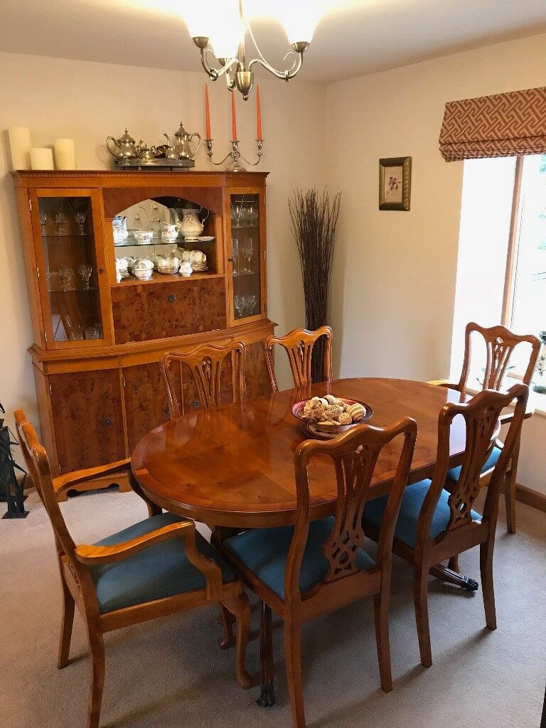 Dining Room Table And Cabinet With 6 Chairs