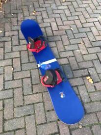 Hammer Snowboard with Burton bindings