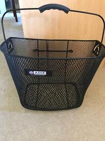 Bike shopping basket
