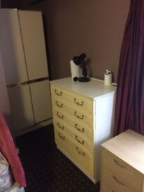 Room to let fully furnished £60 p/w