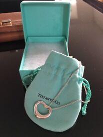 Tiffany Elsa peretti heart necklace