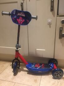 Spider-Man scooter with three wheels only used twice