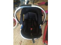 Baby car seat, hardly used, very clean and immaculate condition.