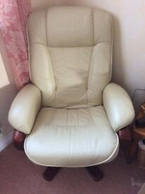 Cream leather recliner chair like stressless