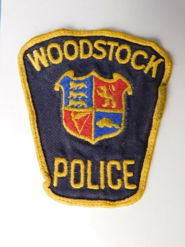 WOODSTOCK POLICE VINTAGE PATCH BADGE ONTARIO CANADA COLLECTOR