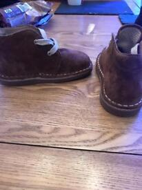 Brown suede Chelsea boots infant 6 new