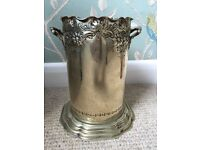 Decorative Silver Plated Wine Bottle Holder BATTERSEA COLLECTION