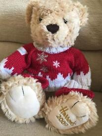 Harrods collectible Christmas bear from 2009