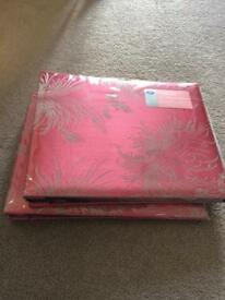 New medium sized Boots photo albums mount in wrappers still