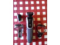Men Phillips shaver