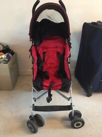 MacLaren buggy (£50) with footmuff, umbrella and buggy board