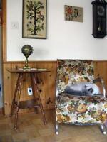 Jolie Table d'Appoint Antique